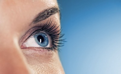 Pros and Cons of Laser Eye Surgery